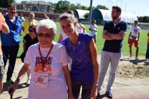 06 Settembre 2015 Valeria Roffino alla premiazione della piu anziana.